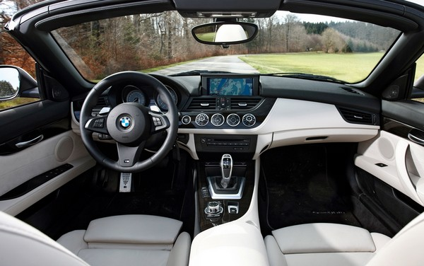 bmw-z4-2020-interior