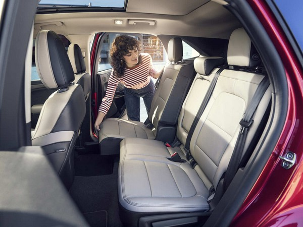 2020-ford-escape-rear-seats