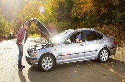 Man-openning-the-car-hood