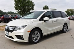 Let's score the design and performance of 2019 Honda Odyssey!