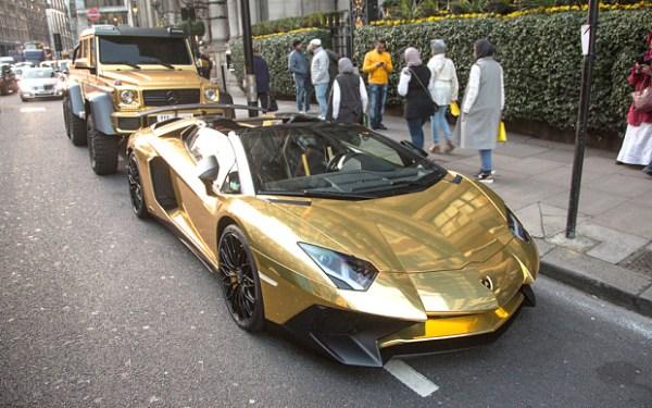What makes us shocked about the fleet of golden cars of billionaire Turki Bin Abdullah