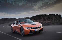 A review from test drivers' notes on the futuristic BMW i8 Roadster 2019