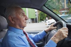 8 driving tips for elderly people