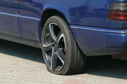 Should new tyres be fixed at the front or back?
