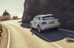 2019 Bentley Bentayga hybrid review - Feel its luxury now!