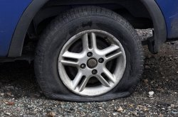 5 warning signs your tyre needs replacement