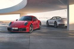 Porsche unveils 2020 911 Carrera 4 Coupe and Carrera 4 Cabriolet as all-weather sports cars