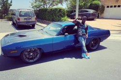 Check the mad specs of Kevin Hart's wrecked 1970 Plymouth Cuda!